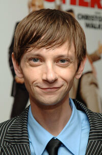 the walking dead - Page 3 200px-DJQualls_Kambo_5448936_400