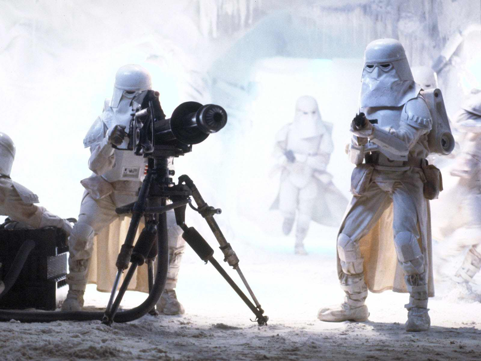 http://img2.wikia.nocookie.net/__cb20070510183745/starwars/images/a/a9/Imperial_Snowtroopers.jpg