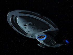 USS Voyager, ventral view