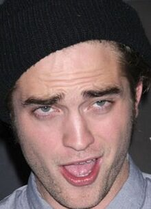 Robert Pattinson espressione pirla