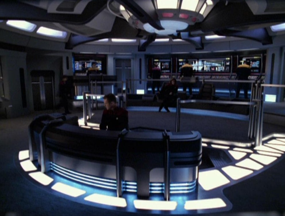 Voyager_Bridge.jpg