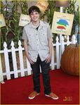 Nathan-kress-littlest-pumpkin-02