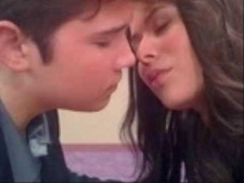 when did carly and freddie start dating