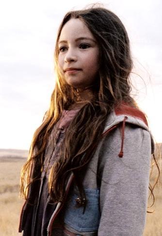 Jodelle Ferland little sister