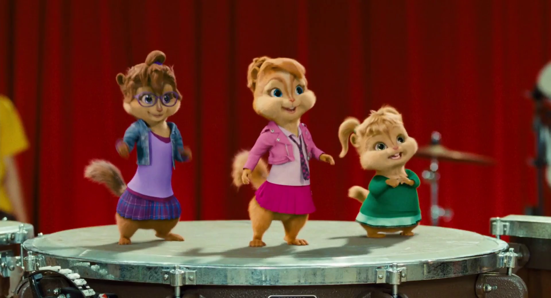 alvin and the chipmunks squeakquel meet chipettes