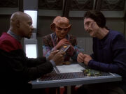 Sisko Quark Hanok sprechen über Geschäft