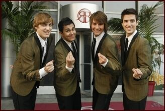 0---sitcoms---bigtimerush wikia com This is a rap song featuring Snoop