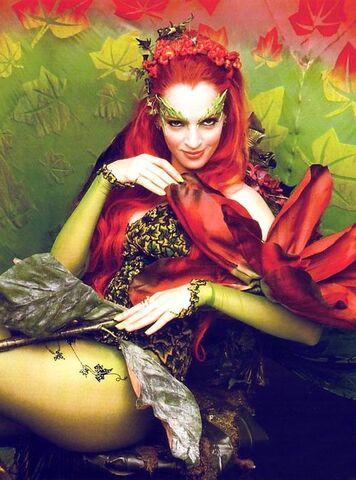 356px-Poison_Ivy_(Uma_Thurman)_4.jpg