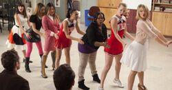 Glee-I-Kissed-a-Girl