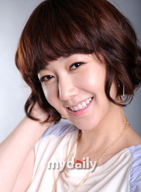 http://img2.wikia.nocookie.net/__cb20120109235642/drama/es/images/3/34/Kim_Min_Seo6.jpg