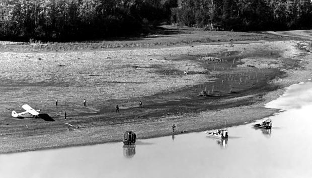 File:Knik River burial site.jpg