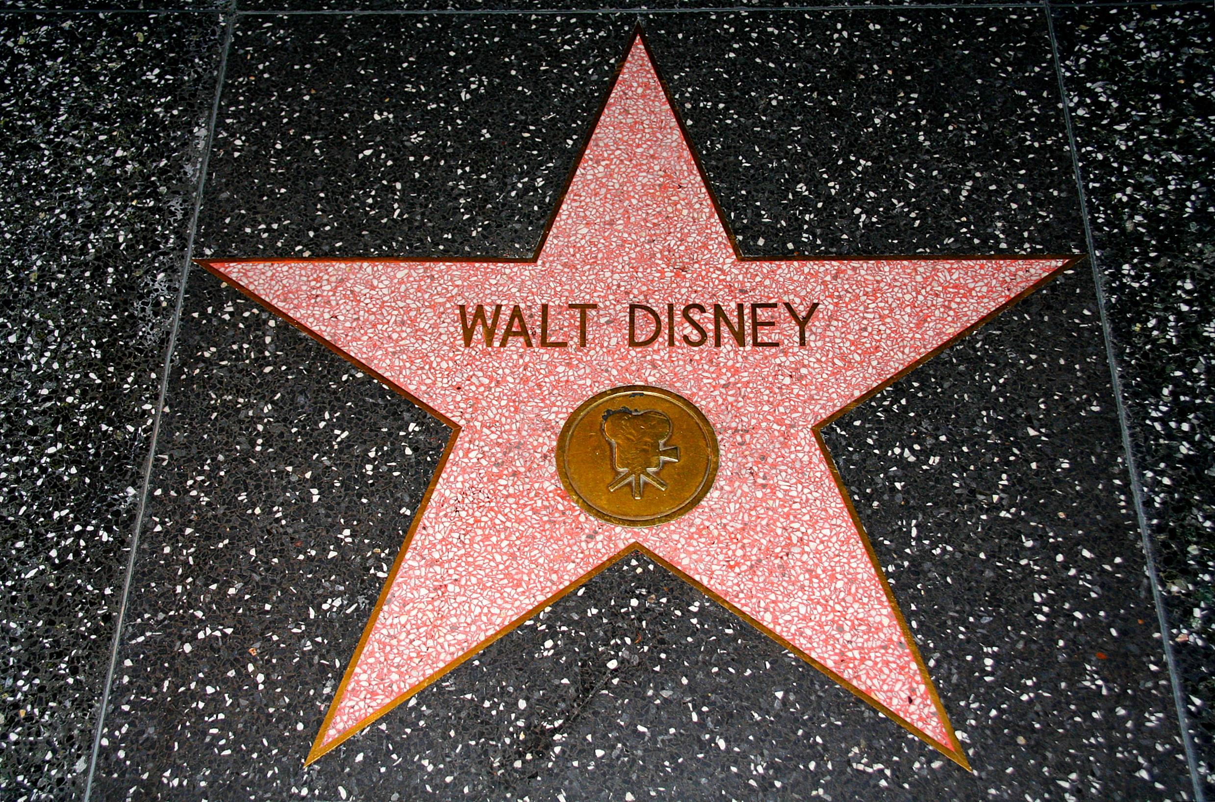 Bulevar Slavnih - Holivud Walt_Disney%27s_star_on_the_Hollywood_Walk_of_Fame