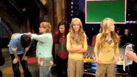 "ICarly ""iLook Alike"""