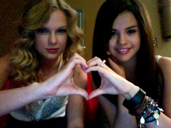 Selena Gomez Taylor Taylor-and-selena-taylor-swift