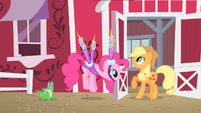 Pinkie Pie's Portable Party Projectiles S01E25