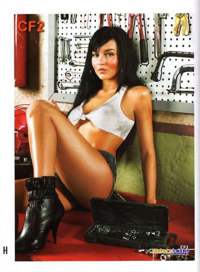 Archivo:Angelique-boyer-revista-h-para-hombres-12.jpg - Wiki Morrigan ...
