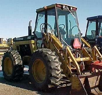Versatile 256 Bi Directional Industrial Tractor