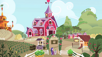 Twilight and Spike walking into Sweet Apple Acres S1E01