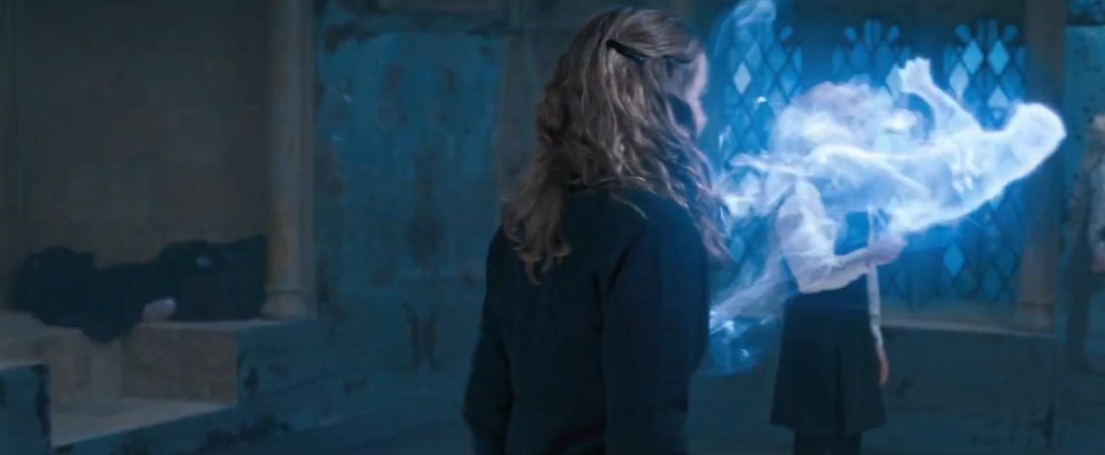 Hermione Casts Her Patronus