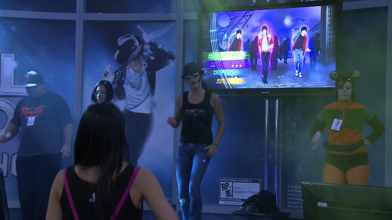Michael Jackson The Experience - Beat It
