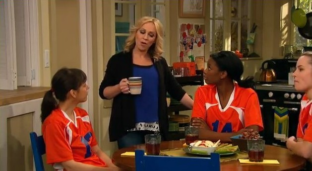Team Mom Good Luck Charlie Wiki