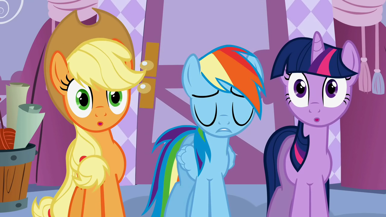 Displaying 18  Images For   Rainbow Dash And Twilight Sparkle Hug
