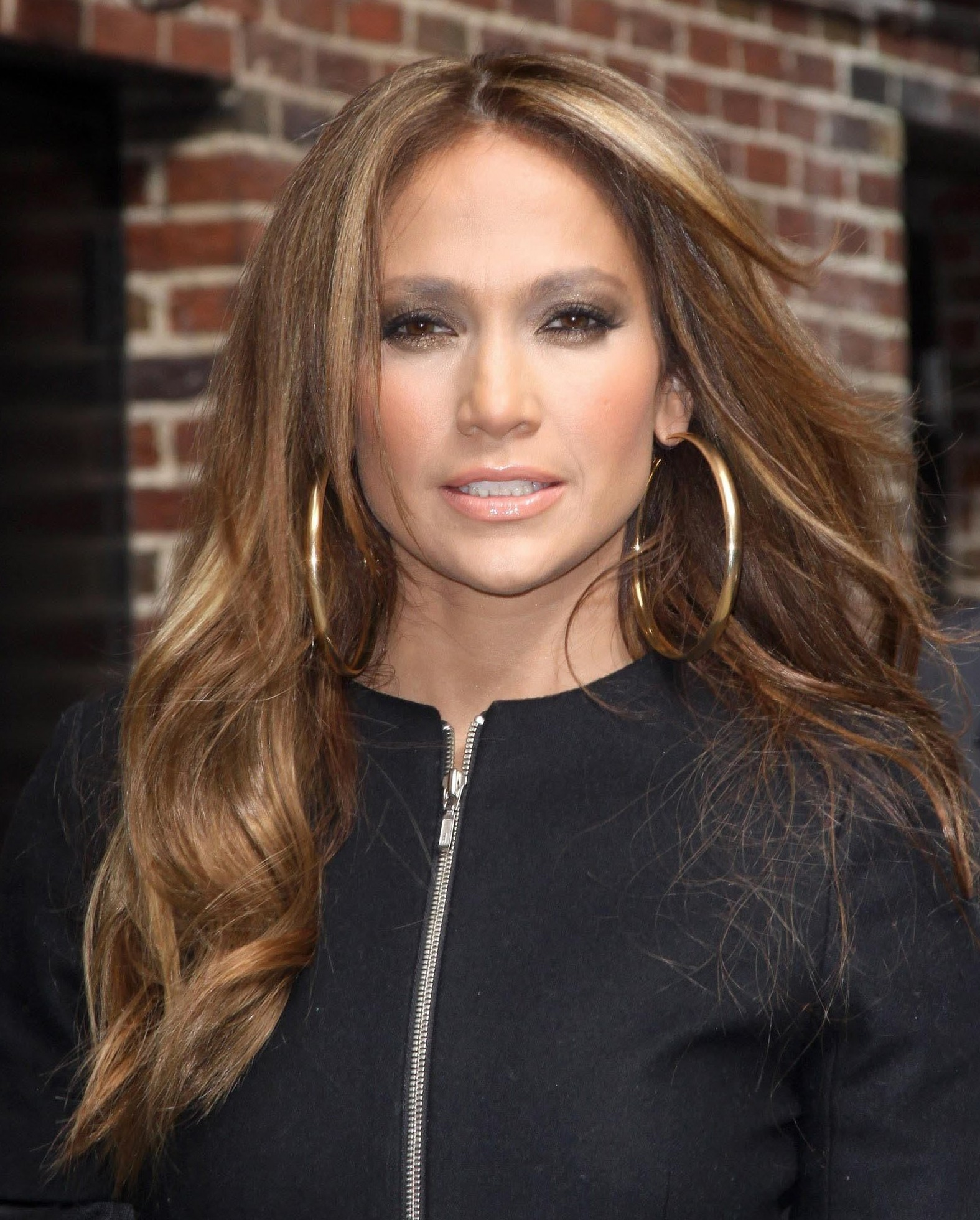 Jennifer Lopez hoops