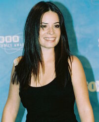 Holly marie combs galerie