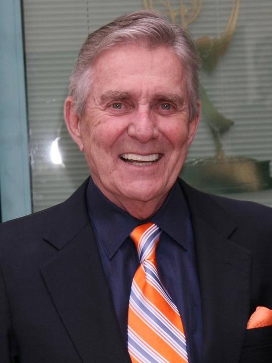 What Is A Lease >> Pat Harrington, Jr. - Wayans Bros. Wiki