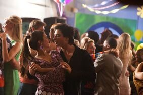 Damon & elena dance(last decade dance)