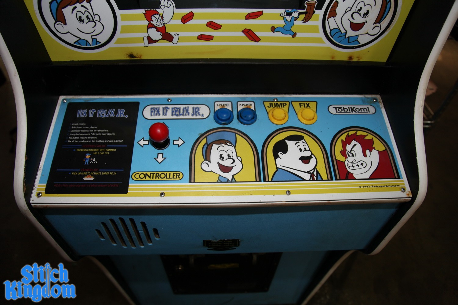 Fix It Felix Jr Arcade Machine The controls of Fix-It Felix