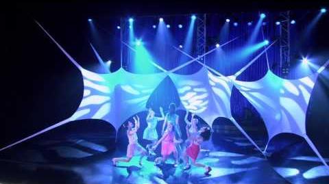 Violetta Momento musical - Show final Violetta canta con las chicas
