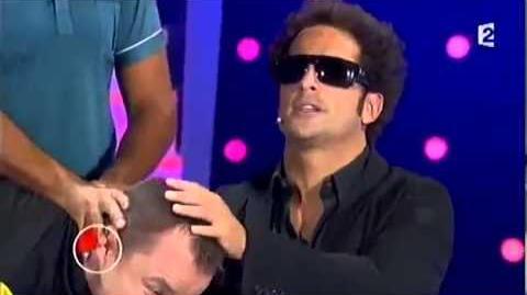 Un couple d'épiciers a abusé d'un client aveugle