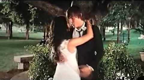 HIGH SCHOOL MUSICAL 3 TROY & GABRIELLA KISSING SCENE HIGH QUALITY