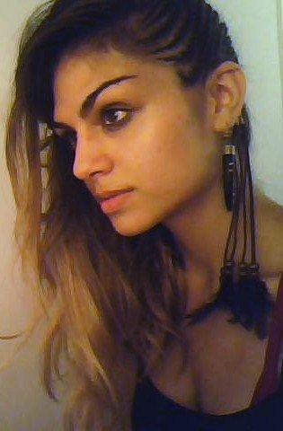 Yasmine yousaf hot