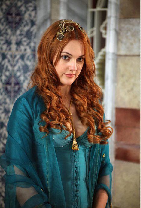 Meryem Uzerli Meryem-Uzerli-turkish-actors-and-actresses-30654405-468-691