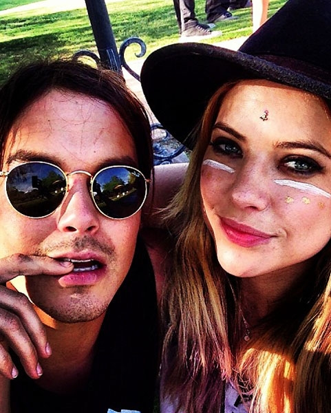 caleb and hanna dating in real life This is a photo of caleb and hanna camping on pretty little liars the stars behind the characters are dating in real life.