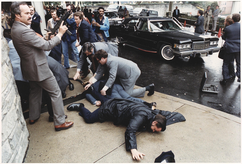 Image - Reagan assassination attempt.jpg - Criminal Minds Wiki