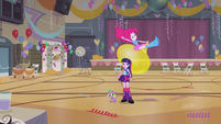 Pinkie Pie bouncing on large balloon EG
