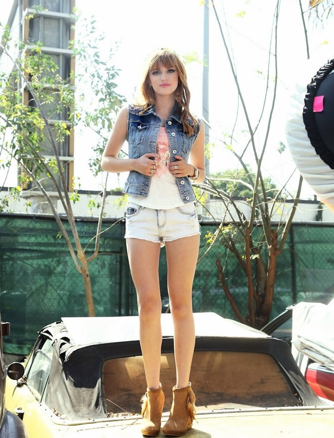 Bella Thorne Short Shorts File:bella-thorne-jean-jacket-