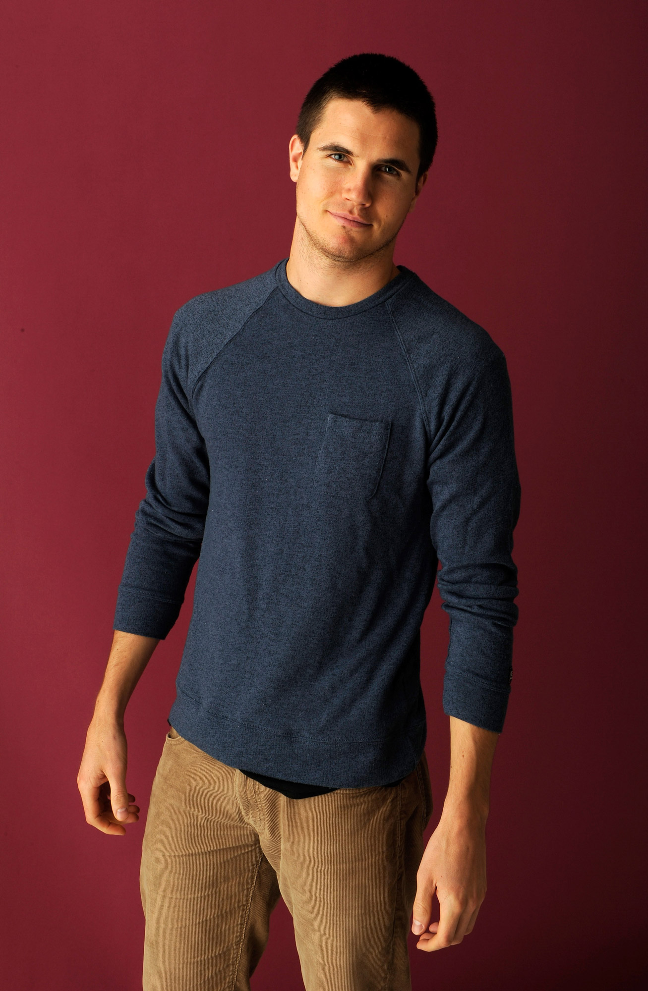 Robbie Amell in Tomorrow People Episodes 1.02-03 | Male ...