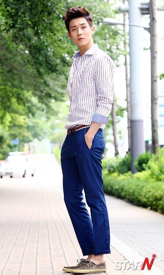 http://img2.wikia.nocookie.net/__cb20131018211123/drama/es/images/d/d9/Choi_Woo_Sik15.jpg