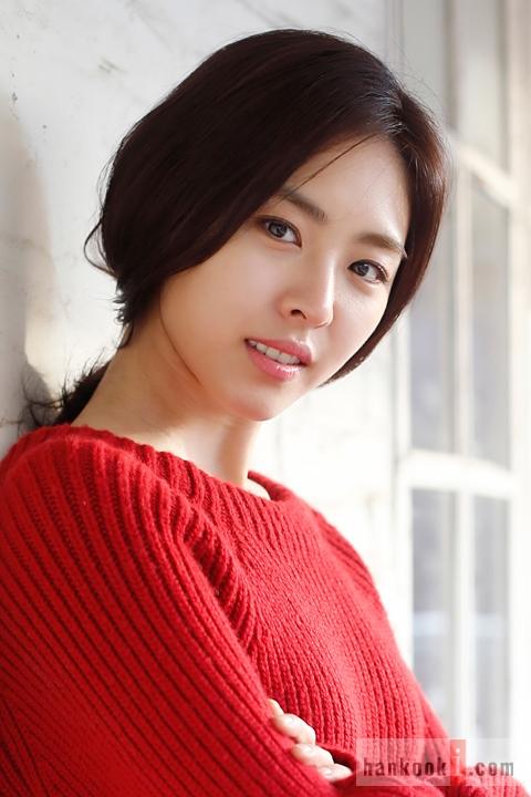 Yeon-hee Lee Nude Photos 31