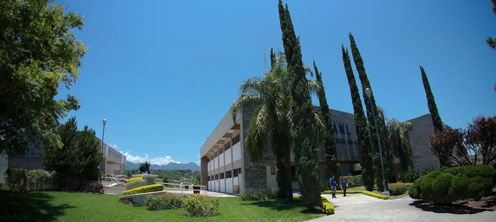 Amiga de la facultad de sociologiacutea with a classmate - 4 1
