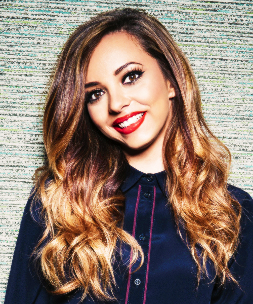 The 24-year old daughter of father James Thirlwall and mother Norma Badwi, 160 cm tall Jade Thirlwall in 2017 photo