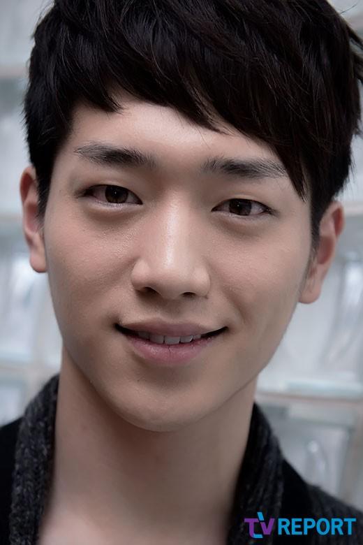 http://img2.wikia.nocookie.net/__cb20131210210840/drama/es/images/7/79/Seo_Kang_Joon2.jpg