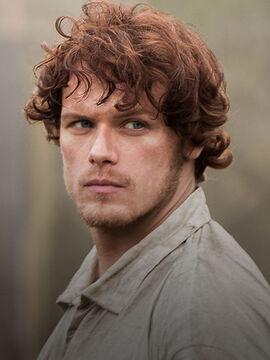 Outlander Cast Jamie 420x560 v2