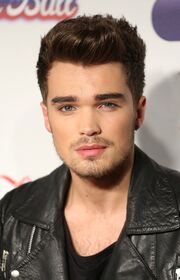 Josh-cuthbert-capital-fm-jingle-bell-ball-2013-01