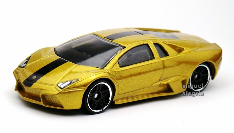 Hot Wheels Lamborghini Countach Gold Hot Wheels