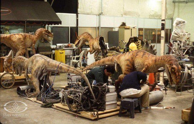 [Saga] Jurassic Park (1993-2015) - Page 2 252475_160313317369671_4544227_n